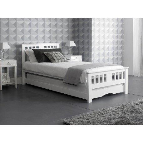 Buckingham Worcester white guest bed with trundle